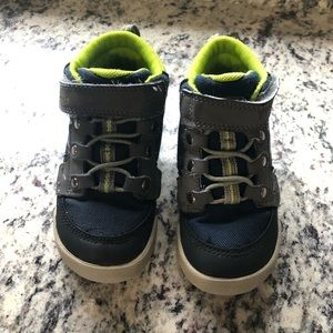 Boys Keen hightop tennis shoe sneaker size 8